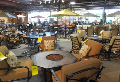 Knoxville Wholesale Furniture opens new flagship