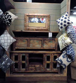 One Of A Kind Items From Jaipur Home Are Displayed With Surya Pillows On  Chains In The Eclectic Furniture Land USA.