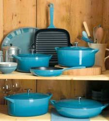 Enamel-coated cast iron cookware