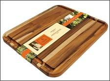The Mario Batali extra-large cutting board
