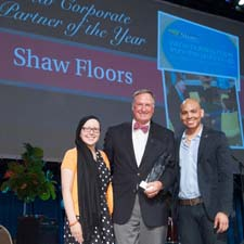 Shaw's Randy Merritt with St. Jude patients