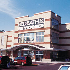 Bed Bath & Beyond Net Edges Up 1.8 Percent in Sluggish Q3