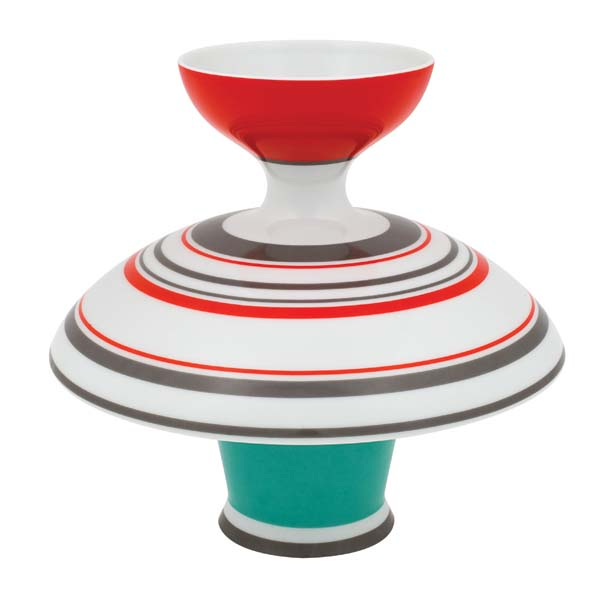 Triadic, inspired by Bauhaus painter and designer Oskar Schlemmer, encompasses six jars and a centerpiece bowl in basic geometric figures. vistaalegreatlantis.com