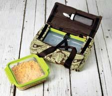 Anchor Hocking will debut its TrueFit Bakeware Tote, which features a zipper on top that allows food to be served while in the tote. anchorhocking.com