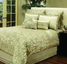 Mercer comforter set, $299/queen, $379/king Stately elegance; part of a new licensed program with Hallmart Collectibles hallmartcollectibles.com
