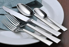 Arktos is one of several new patterns in Oneida's Impromptu collection of elegant and affordable ($29.99 per place setting) 18/10 stainless steel flatware. robinsonus.com
