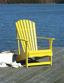 John Thomas Furniture is now offering ten custom finishes on its Somers Pointe Outdoor Collection, such as periwinkle blue, celery and this striking canary. johnthomasfurniture.com