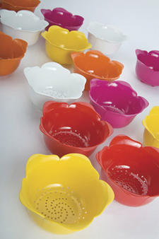 The 24-ounce melamine Rose Colander, in five cheery colors, is one of the latest additions to the Garden Collection by Zak Designs. zak.com