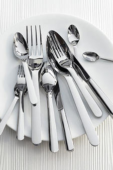 Designer Thomas Bastide created this Equilibrium flatware pattern with its soft curves for Erquis. devinecorp.net