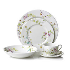 Mikasa's Sketch Floral dinnerware, part of its Dining Redesigned program, offers updated delicate flowers in soft hues on porcelain. mikasa.com