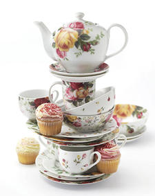 Country Rose is an updated version of the Royal Albert classic Old Country Roses. royaldoulton.com
