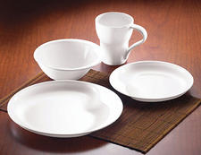 Simplicity Contours, 16-piece set. Organic forms and sculptural shapes define this pattern.