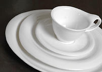 Liquid dinner plate. A fluid, contemporary range with timeless appeal.