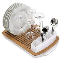 Umbra combines bamboo with translucent plastic for an eco-friendly and functional dish rack called Slat. $31.50