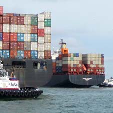 ContainerShipsWestCoastPorts