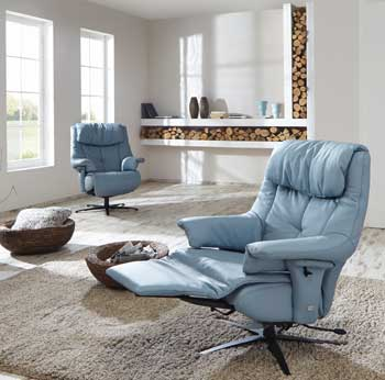 germany s himolla making u s debut with high end leather recliners