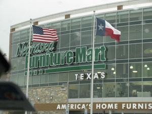 Nebraska Furniture Mart Texas Event Draws Crowd To See Warren