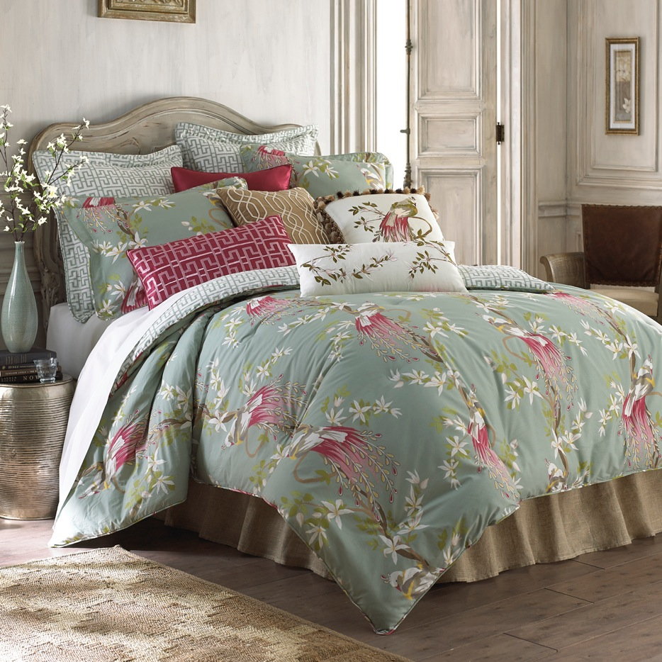 Nina Campbell's New Home Decor Collections For Stein Mart
