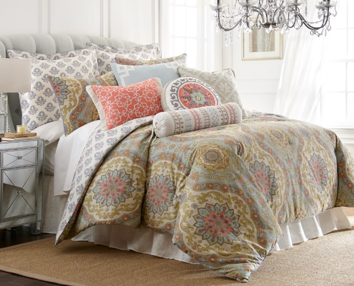 Nina Home Tapestry Bedding