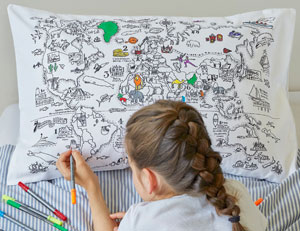 The pillowcase can be colored with washable fabric markers.