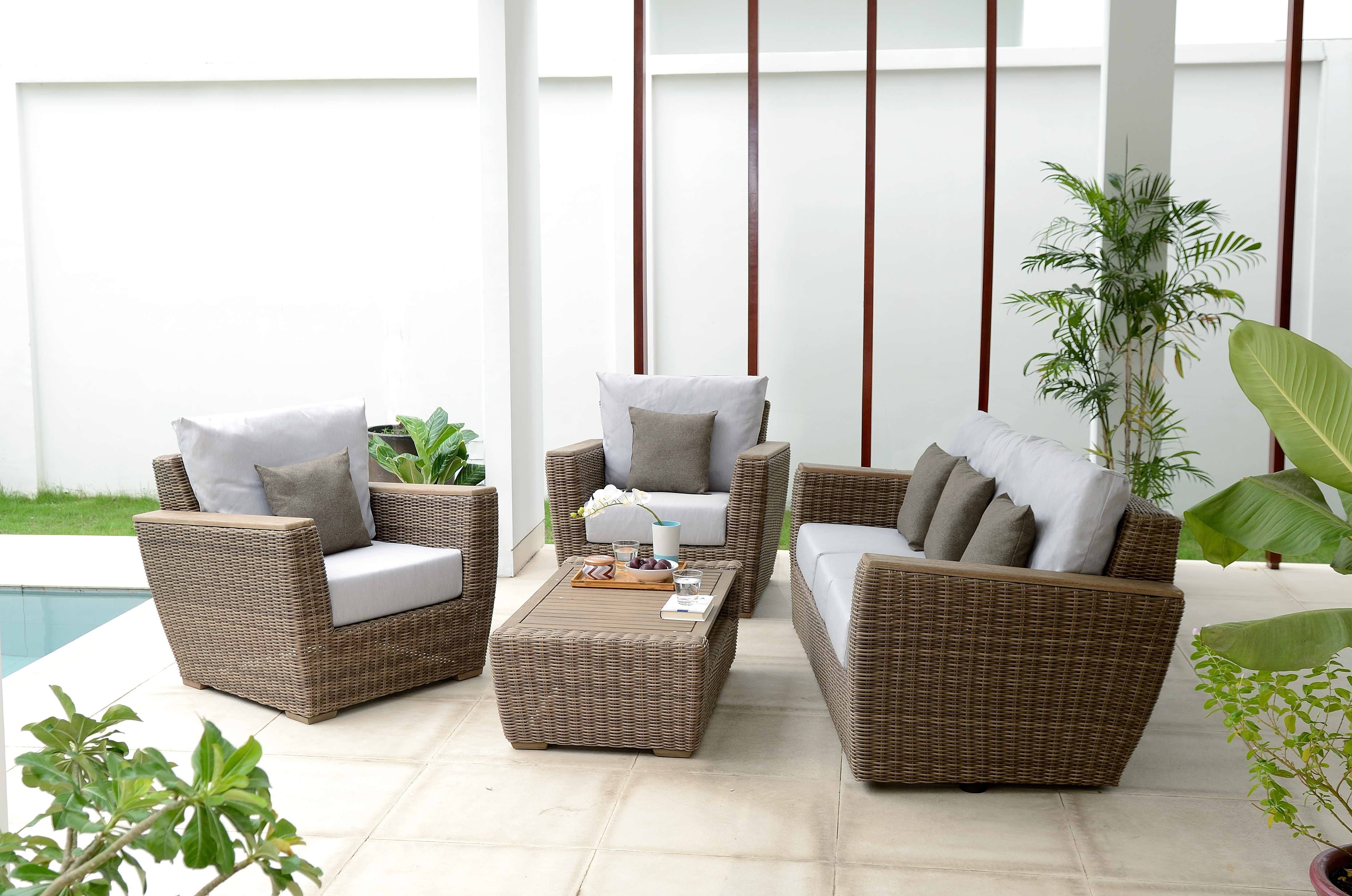 Scancom To Debut Donny Osmond Outdoor Furniture Today