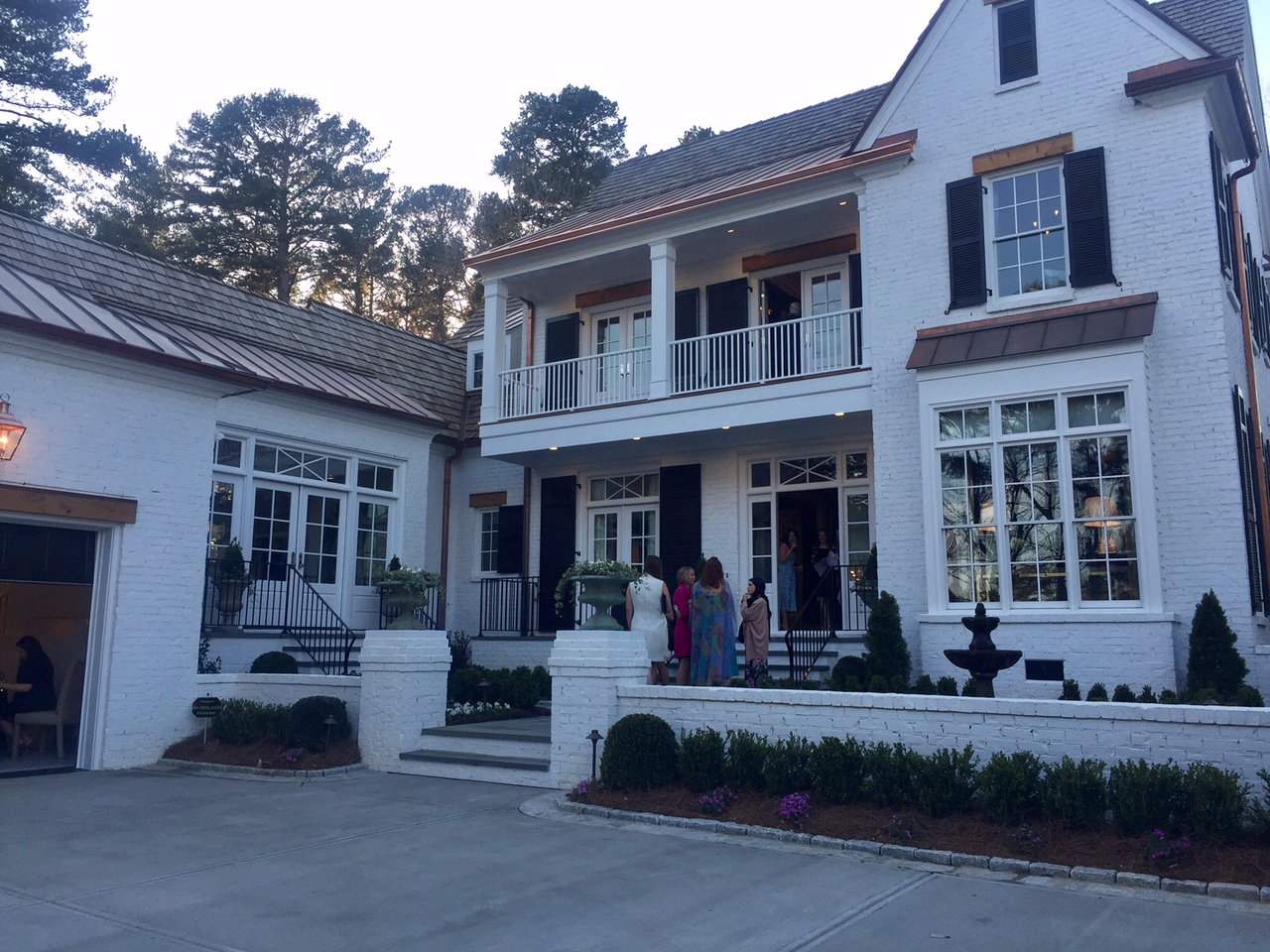 Raleigh designer show house debuts home accents today for The house raleigh