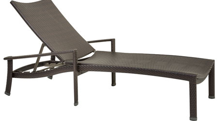 Tropitone Vela lounge chair