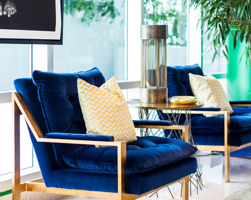 Bright, bold furniture makes Mid-Century Modern work in a Puerto ...