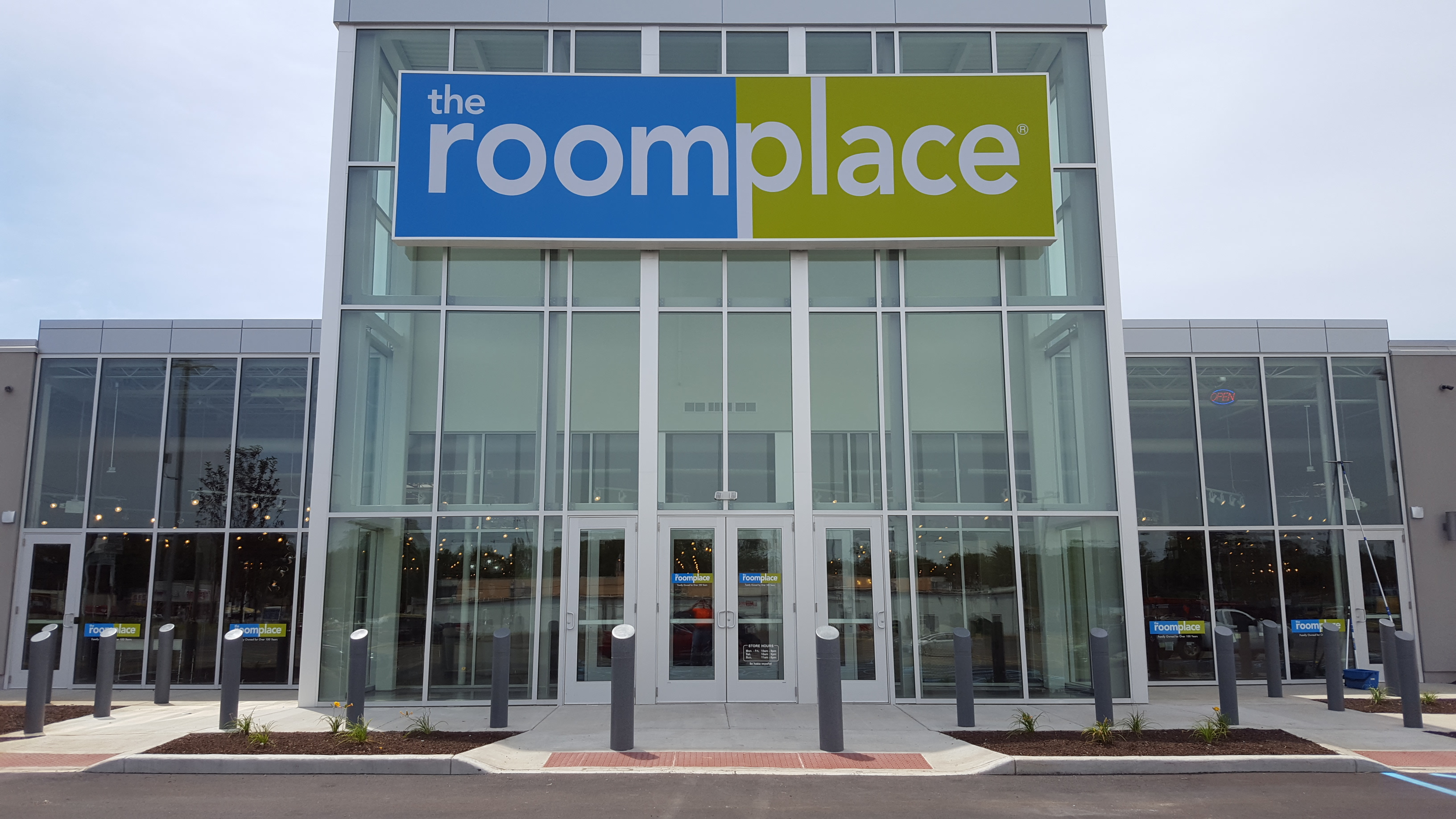 The Roomplace Opens Its Newest Store In Indianapolis Furniture Today