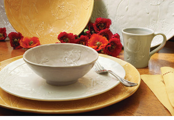 The Papaveri Collection of earthenware is from La Villa Collections.