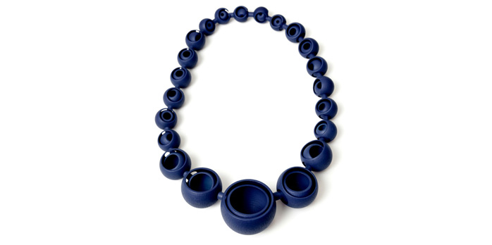 The Cut Beauty Large Necklace is made of nylon powder as a single piece.