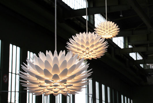 The Palm hanging light are made from laser sintered nylon.